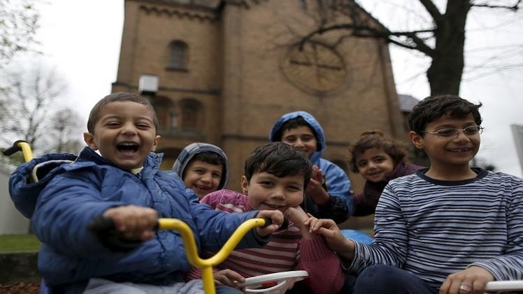 اللجوء يفتح لألمانيا باب الاستثمارات.. واللاجئون يتعاركون