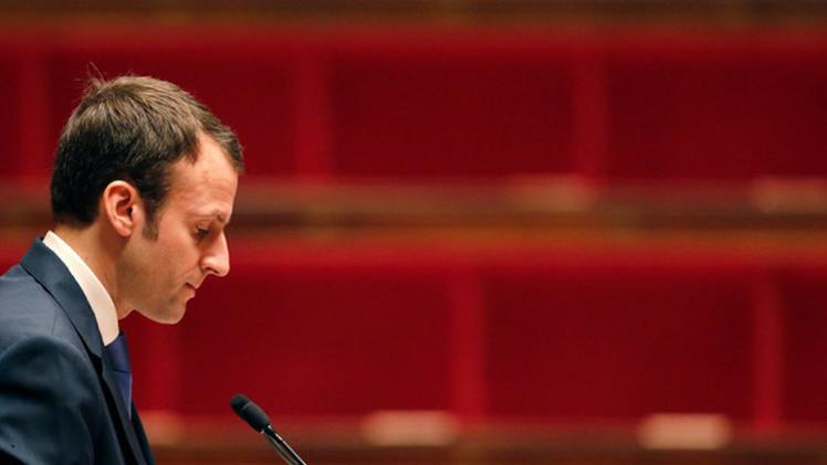 وزير الاقتصاد الفرنسي يستنكر الإقصاء الاجتماعي للشباب المسلم في بلاده