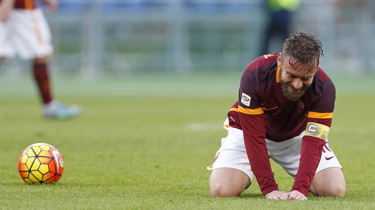 الدوري الايطالي .. روما يسقط في معقله للمرة الأولى أمام أتلانتا (صور)