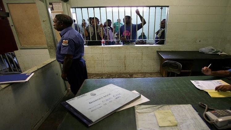 غينيا.. سكان غاضبون يقتحمون سجنا ويقتلون 4 نزلاء