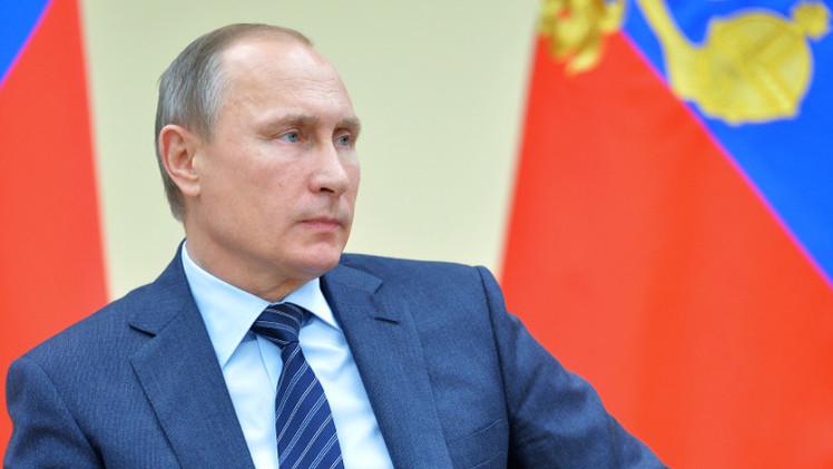 بوتين يأمر بدراسة منح العسكريين الروس في سوريا صفة محاربي العمليات القتالية