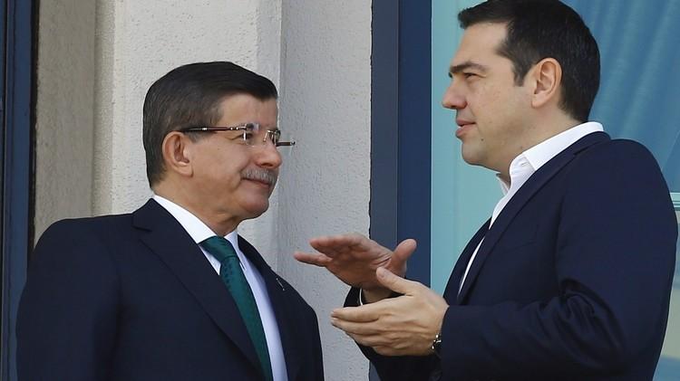اليونان: الأتراك ينفقون المليارات على الأسلحة وغير قادرين على حماية اللاجئين