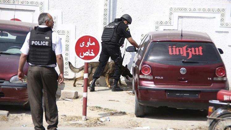 تونس.. اعتقال شخصين كانا يعدان لهجمات جديدة والعثور على مخبأ أسلحة