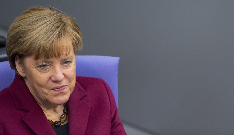 """ألمانيا.. """"إقامة مؤقتة"""" للاجئين السوريين ولم الشمل غير مسموح به"""