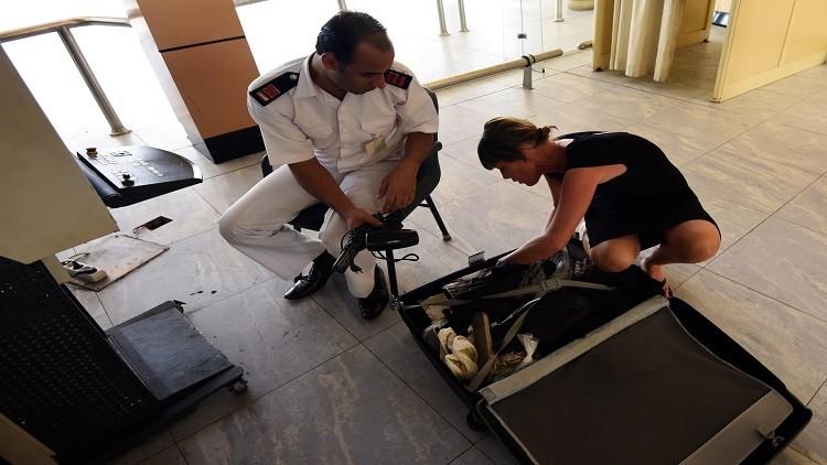 أسوشيتد برس: عيوب كبيرة في منظومة أمن مطار شرم الشيخ المصري