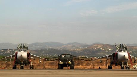 طائرات روسية في مطار حميميم