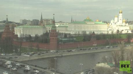 بوتين يقرر تعليق الرحلات الجوية إلى مصر