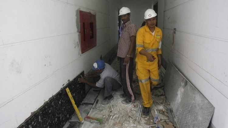 العفو الدولية تتهم قطر باستغلال العمال