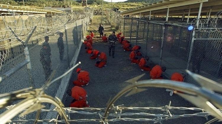 الإدارة الأمريكية ترفض خطة إغلاق معتقل غوانتانامو