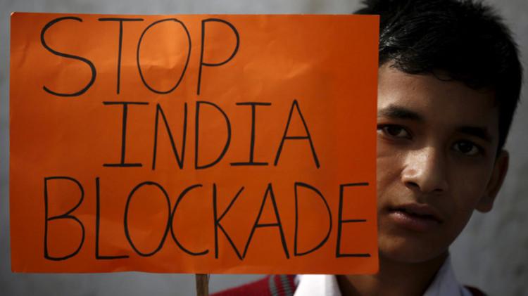 احتجاجات طلابية في نيبال على إغلاق الحدود مع الهند