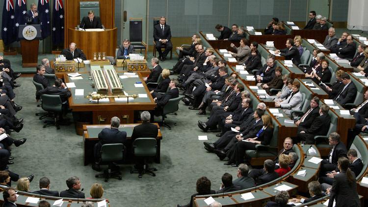 أستراليا تتبنى قانونا يسمح بسحب الجنسية من الإرهابيين