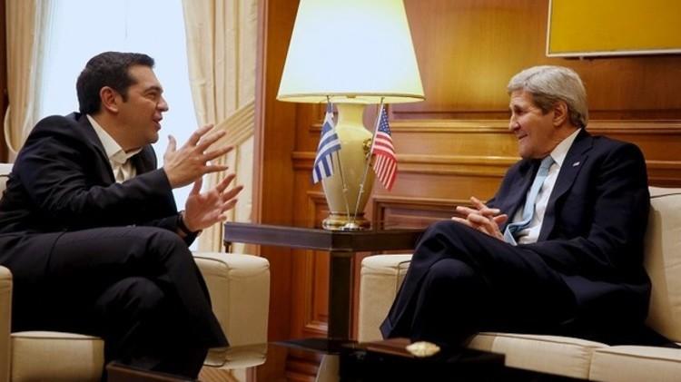 اليونان.. كيري يناقش أزمة المهاجرين والملف الاقتصادي مع تسيبراس