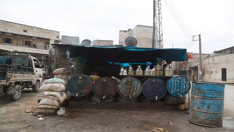 واشنطن تكشف عن دخول كميات من النفط الداعشي إلى تركيا