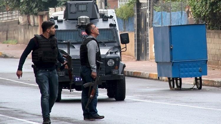 مقتل 3 عناصر من القوات التركية في اشتباكات مع أكراد جنوب شرقي البلاد