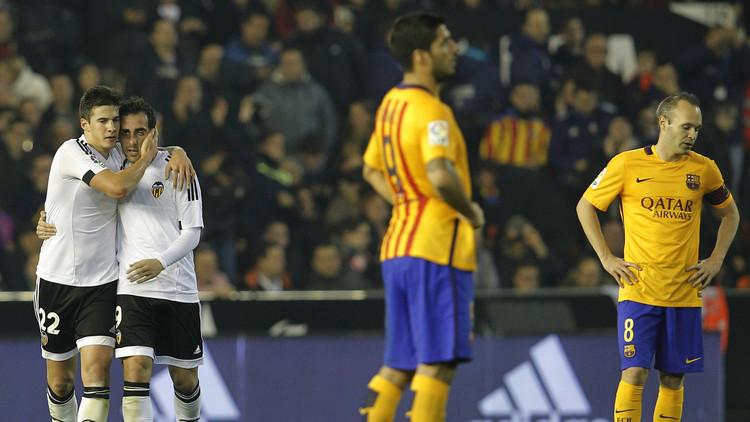 برشلونة يسقط في مخالب خفافيش فالنسيا .. (فيديو)