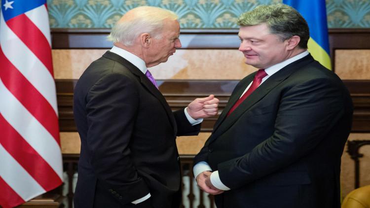 بايدن: أتحدث مع بوروشينكو أكثر من زوجتي