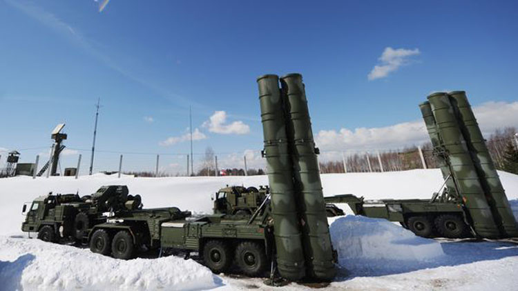 روسيا تسيطر على أجواء القطب الشمالي بـ