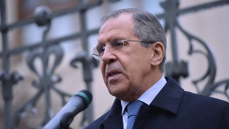 لافروف: أولئك الذين يطالبون برحيل الأسد يساهمون بطريقة غير مباشرة في تمدد
