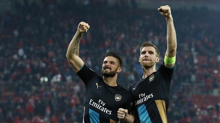 جيرو يقود أرسنال إلى ثمن نهائي دوري أبطال أوروبا (فيديو)