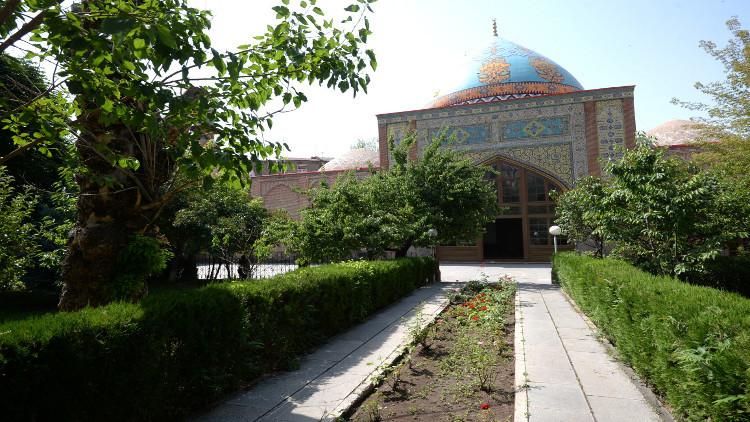 أرمينيا تمنح إيران مسجدها الأزرق