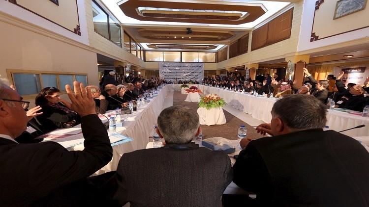 مؤتمر معارض في شمال سوريا يشكل مجلسا سياسيا لـ
