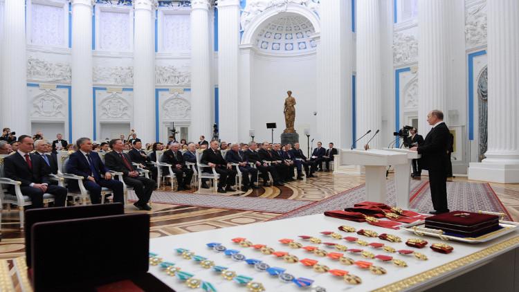 بوتين: وحدة وتكاتف الشعب الروسي تجعله قويا في الأوقات الصعبة