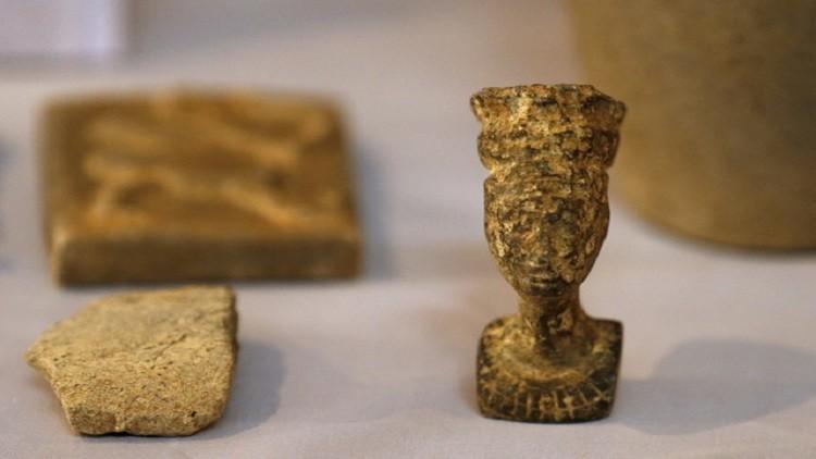 دمشق تتهم أنقرة برفض إعادة تحف فنية سرقت من مواقع أثرية في سوريا