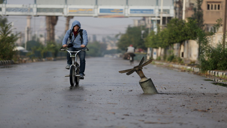 مقتل طفل وإصابة تلاميذ بسقوط قذائف على دمشق