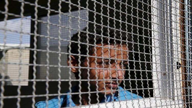إسرائيل تفتح قسمين جديدين في سجن
