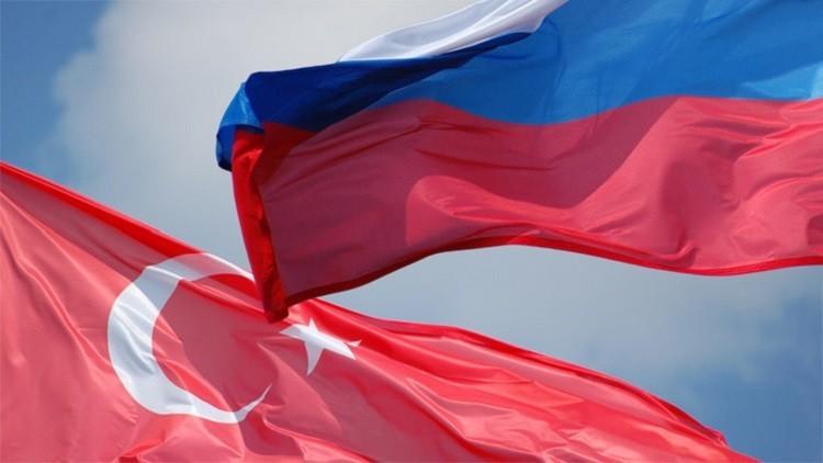 أنقرة: لا نعتزم تعويض موسكو عن إسقاط طائرتها الحربية