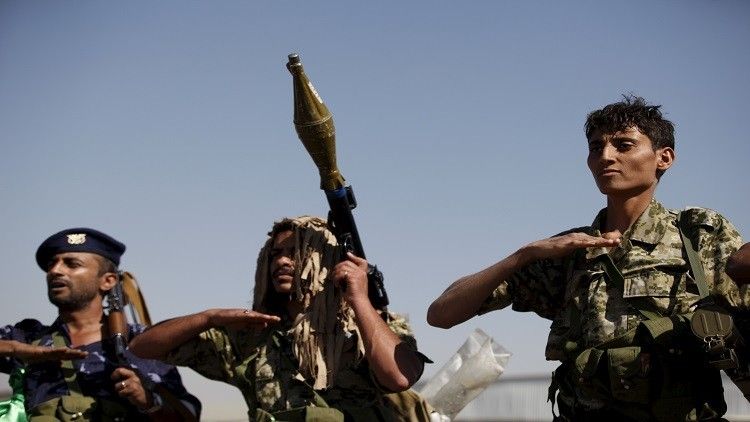 الحوثيون يطلقون صاروخين باليستيين باتجاه السعودية والتحالف يتوعد بالرد