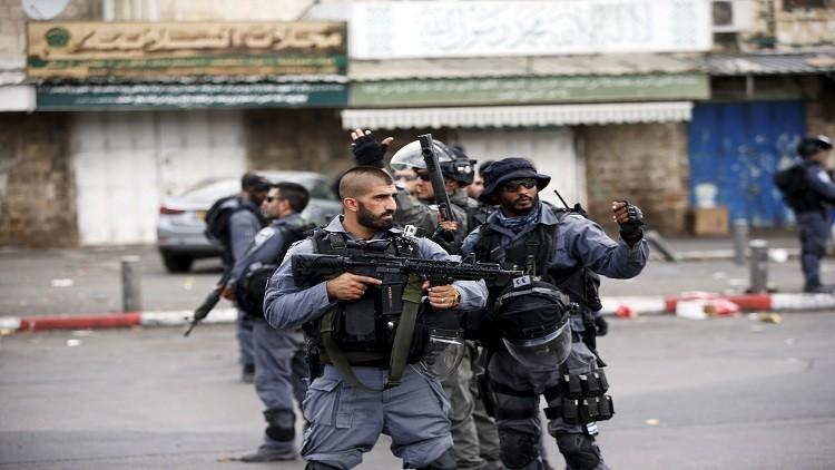 إصابة فلسطينية برصاص إسرائيلي جنوب الضفة الغربية بحجة الطعن