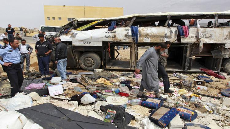 السعودية.. إصابة 5 أشخاص إثر اصطدام شاحنة بمسجد في قاعدة عسكرية