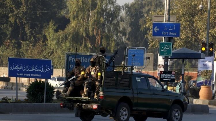 باكستان تتقفى أثر شبكة نسائية تمول
