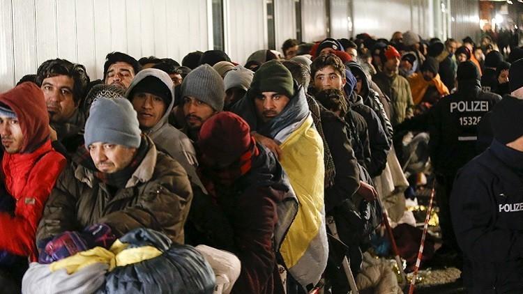 معظم الألمانيين يعتبرون المساعدات الأمريكية لحل أزمة اللاجئين غير كافية