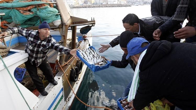 صيادون مصريون محتجزون لدى تونس