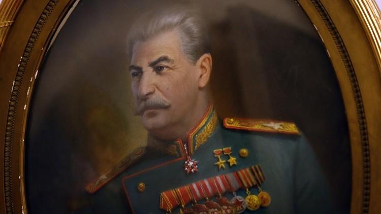 ساحر بولندي في حضرة ستالين..