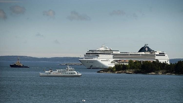 السويد تخطط لإيواء 1260 لاجئا على متن سفينة سياحية
