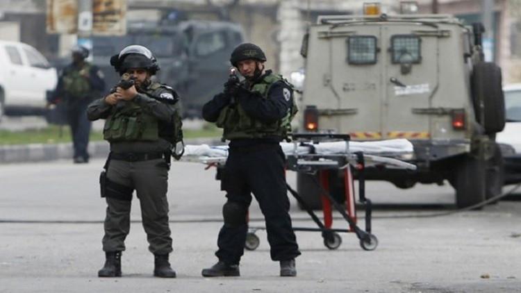 مراسلتنا: إطلاق النار على سيارة فلسطينية شرق رام الله وأنباء عن مقتل إمرأة فيها