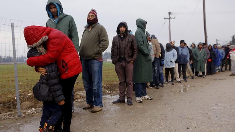 النزعة القومية وأزمة اللاجئين قد تدفعان الاتحاد الأوروبي إلى الانهيار