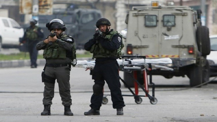 مقتل شابين فلسطينيين جنوب نابلس برصاص إسرائيلي بزعم طعنهما جنديين