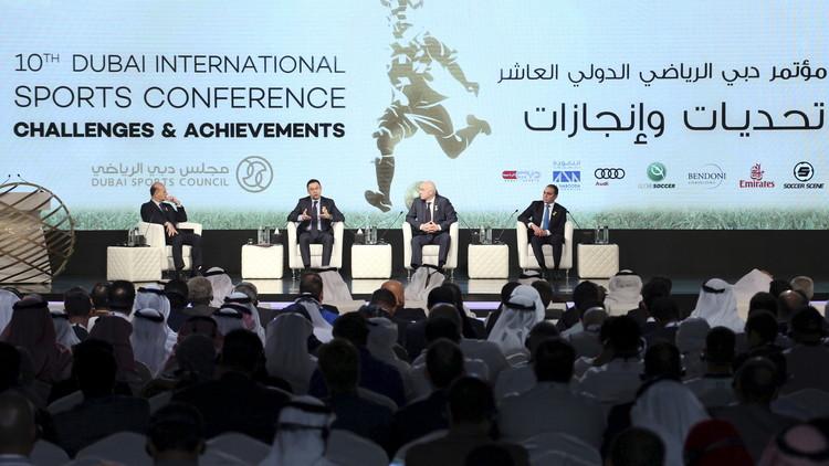 المطالبة بلوائح صارمة تضبط الإنفاق في الأندية في مؤتمر دبي الرياضي