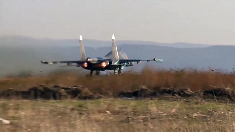 القوات الروسية تكثف قصفها لداعش في سوريا