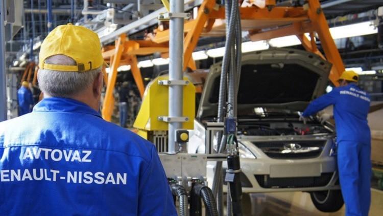 الحكومة الروسية تخصص 275 مليون دولار لدعم قطاع صناعة السيارات
