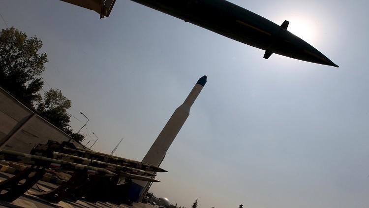 إيران تطلق صواريخها قرب سفن حربية أمريكية