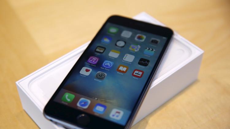 LG وسامسونغ تقدمان شاشات OLED لهواتف أبل القادمة