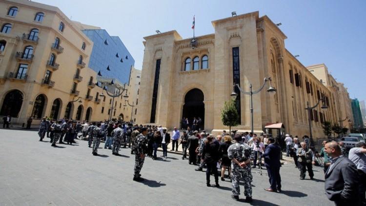 لبنان يتهم إسرائيل بمقتل العريف الإسباني