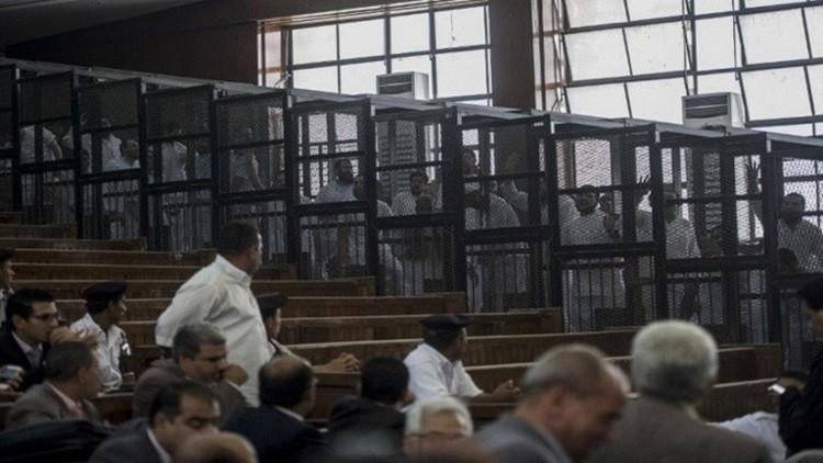"""الحكم بإعدام 5 إخوانين بالدقهلية في """"اغتيال نجل المستشار المورلي"""" 566c2385c3618805148b45c7"""