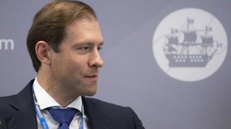 وزير الصناعة الروسي دينيس مانتوروف