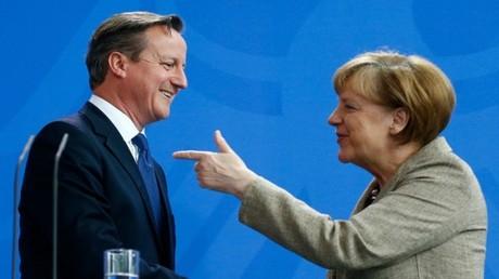 المستشارة الألمانية أنجيلا ميركل ورئيس الوزراء البريطاني ديفيد كاميرون